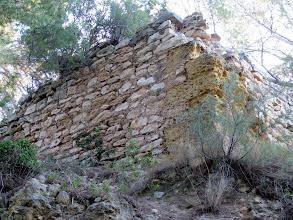 Photo: restes del castell de la Pobla de Montornés