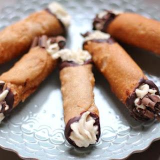 Homemade Cannoli Recipe with Mascarpone Cream