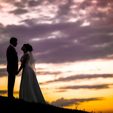 Wedding photographer Olga Bogatyreva (Olyoli). Photo of 01.10.2017