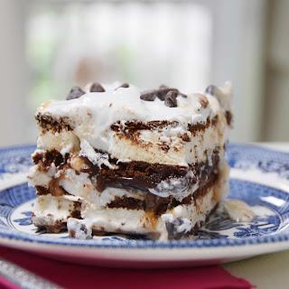 Ice Cream Sandwich Sundae Cake.