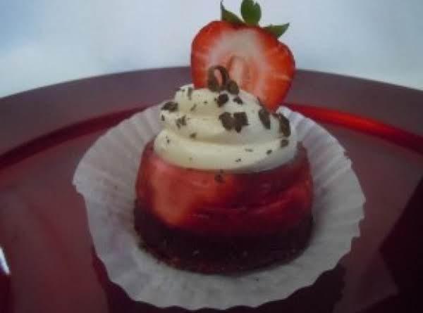 Moulan Rouge Cupcake