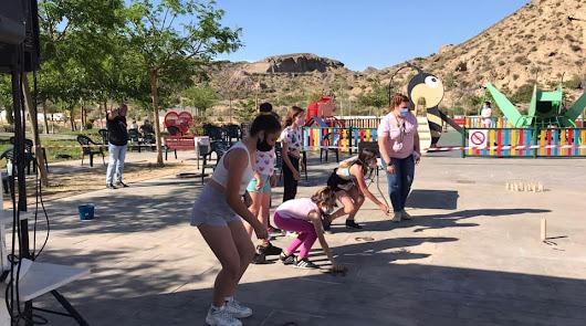 Juegos Tradicionales en las calles y Teatro para celebrar el Día de los Abuelos