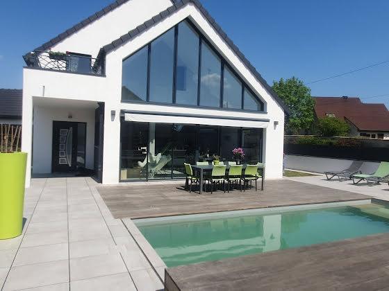 Vente villa 6 pièces 187 m2