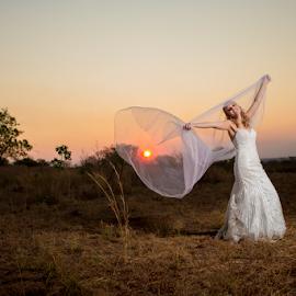 Sunset by Lood Goosen (LWG Photo) - Wedding Bride ( wedding photography, wedding photographers, lood goosen, wedding day, lwg photo, wedding dress, wedding photographer, bride and groom, bride, groom, weddingphotographer, bride groom )