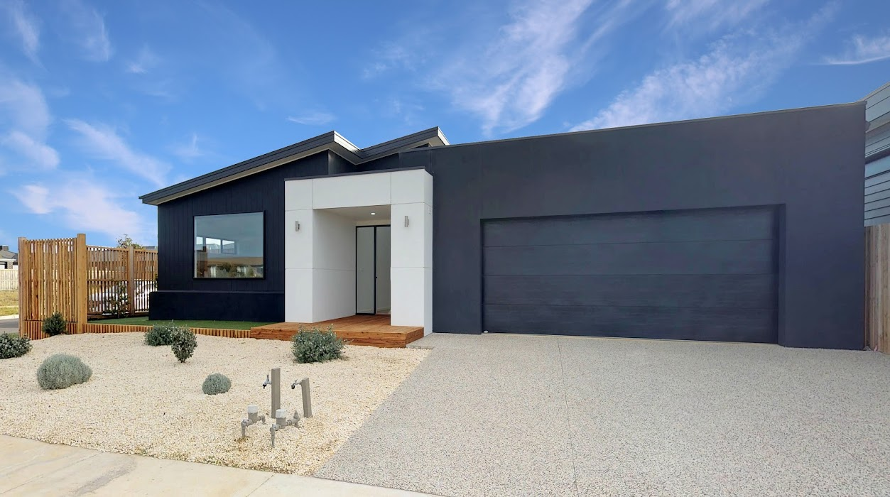 Main photo of property at 43 Rippleside Drive, Torquay 3228
