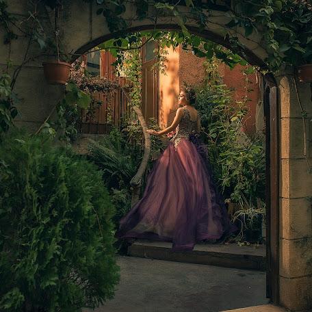 Wedding photographer Cem Erenler (cem01). Photo of 10.11.2017