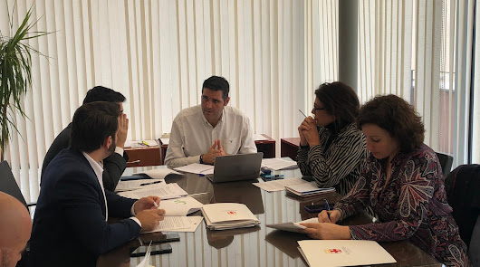 Vox: bajar impuestos, control en las concesiones e invertir en Casco Histórico