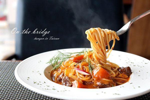 歷史古橋上的浪漫西餐 高雄求婚熱點 紅橋餐廳商業午餐