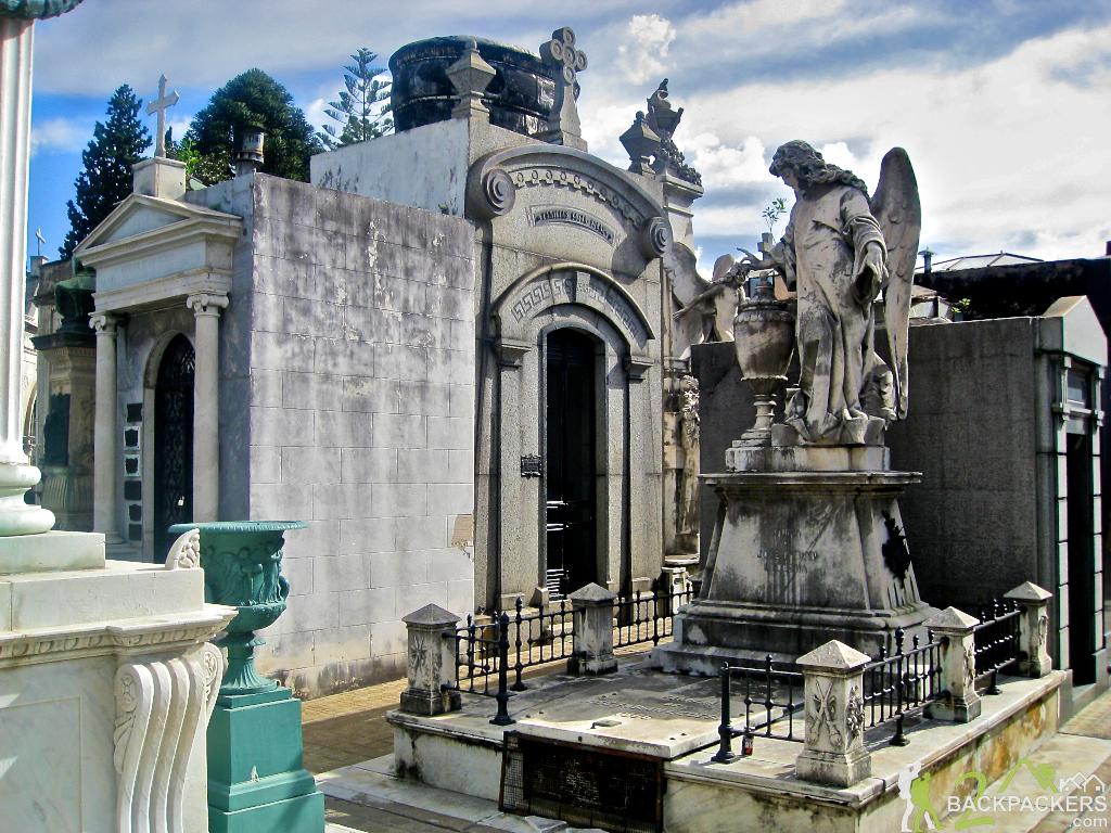 Recoleta-Cemetery-in-Buenos-Aires-1.jpg