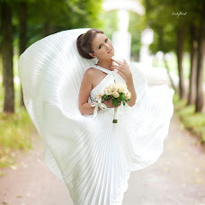 Wedding photographer Ekaterina Mikolenko (LadyBird89). Photo of 29.01.2014