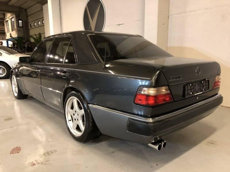 MERCEDES E500 – 1992 – 24 750 €