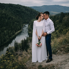 Wedding photographer Kseniya Romanova (romanova). Photo of 12.08.2018