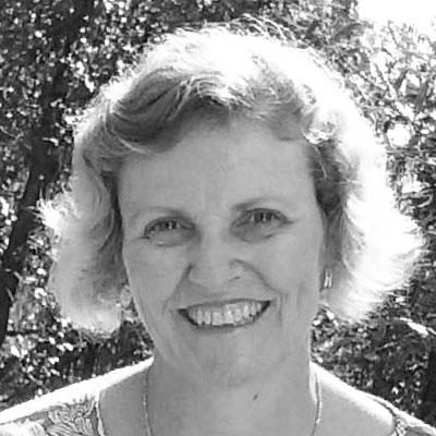 Portrait of Gillian Ray-Barruel