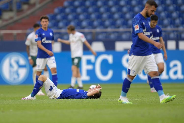 """Schalke-icoon in tranen na degradatie: """"Het is moeilijk te geloven"""""""