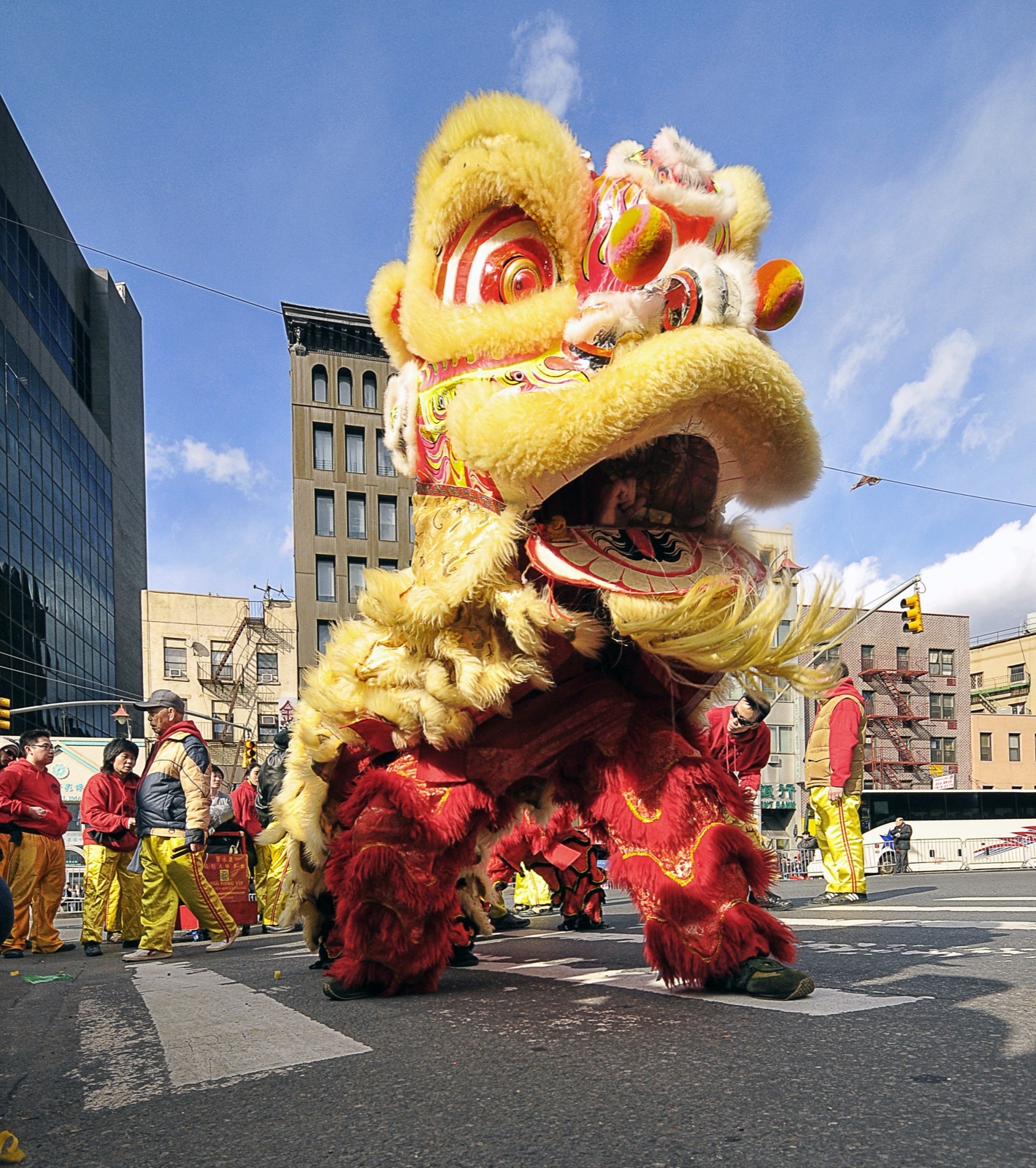Traditional Chinese New Year practices, Lion Dance