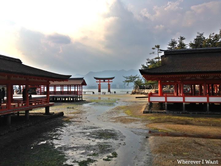 Miyajima | Itsukushima Shrine | UNESCO | Japanese Floating Gate | Hiroshima | Japan | Shikoku | Travel | Itinerary | Tour Group | Taiwanese Tour Group | Tourism