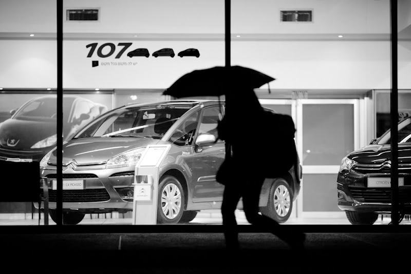Photo: walking with umbrella - Photography © Victor Bezrukov - All Rights Reserved