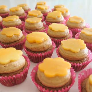 Orange Papaya Cupcakes