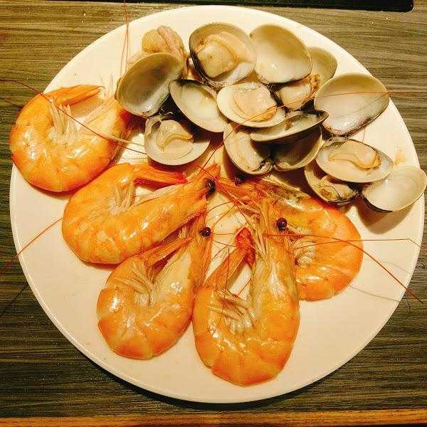 食記☞台北東區國父紀念館|麻辣鍋醉讚|不吃火鍋也可以吃哈根達斯16種口味吃到飽