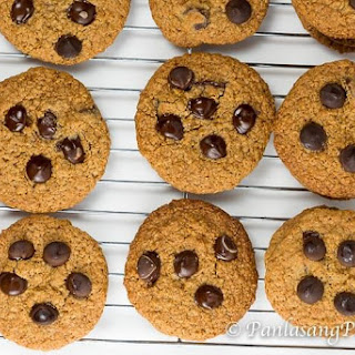 Oat Bran Chocolate Chip Cookie