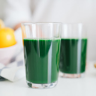 Spirulina Meyer Lemon Green Juice.
