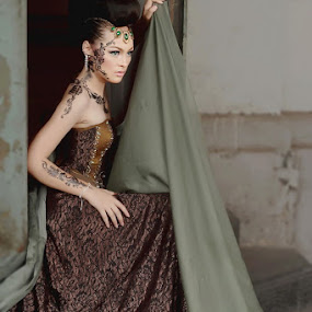 by Dody Isnanto - People Fashion
