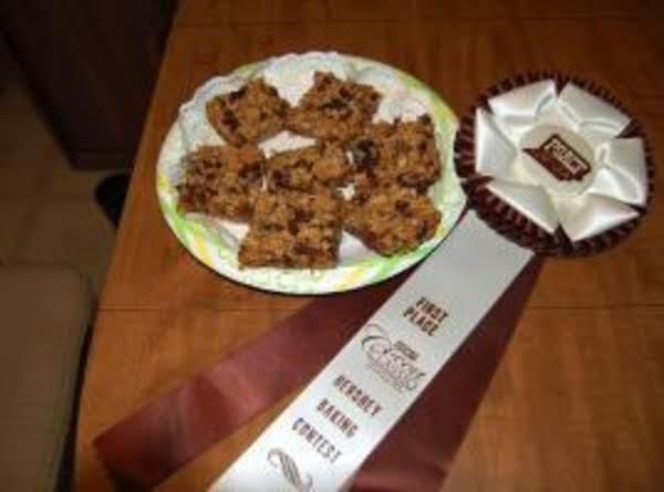 Hershey's Homemade Chewy Granola Bars Recipe