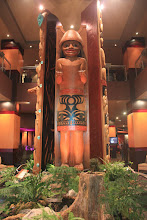 Photo: A Native-American totem decorating the lobby of the Tulalip Casino in Marysville, Washington State, USA.