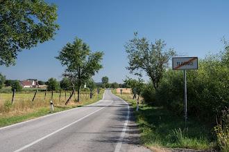 Photo: Zupełnie pustymi drogami kieruję się na północ.