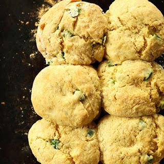 Vegan Cheddar Jalapeno Biscuits