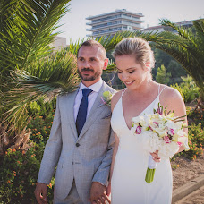 Wedding photographer Francesco Laurora (Francescolaurora). Photo of 07.08.2018