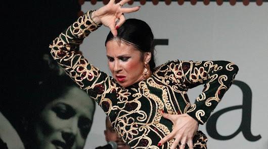 La artista durante una actuación en el tablao (Foto: Jesús Amat).