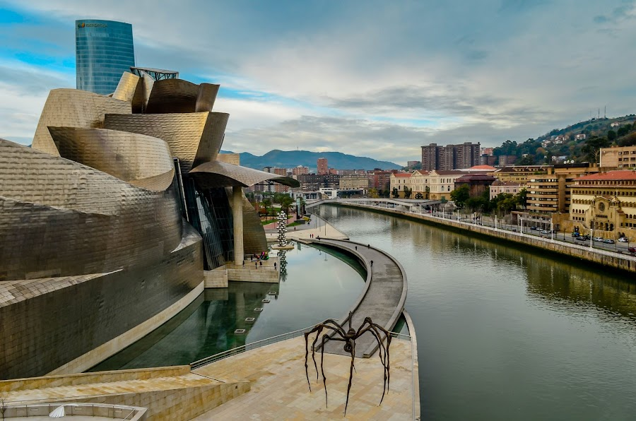 The itsy bitsy spider by Maria Covasa - Buildings & Architecture Other Exteriors ( bilbao, spain, guggenheim musseum )