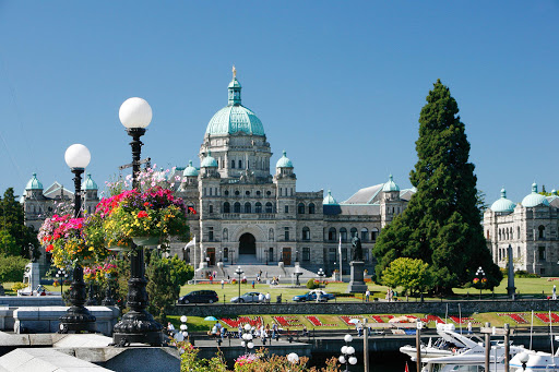Victoria-BC-Harbour.jpg - The Inner Harbour in Victoria, British Columbia, is also the site of Parliament.
