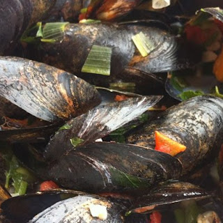 Patti's Mussels a la Mariniere.