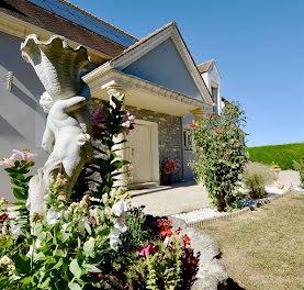 maison à Clairefontaine-en-Yvelines (78)