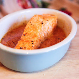 5 Minute Salmon Sauce – Orange & Sriracha