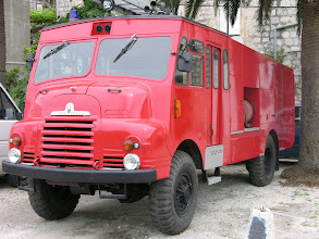 Photo: Fancy fire truck in Perast