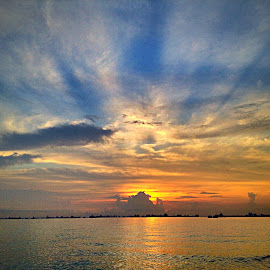 Rays of hope by Janette Ho - Instagram & Mobile iPhone