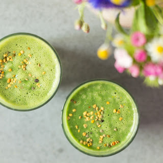 Bee Pollen Green Smoothie.