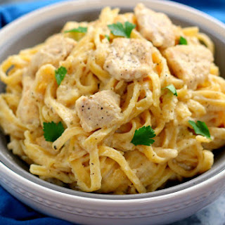 One Pan Chicken Fettuccine Alfredo