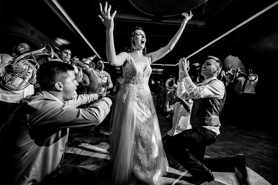 Wedding photographer Sabina Mladin (sabina). Photo of 07.01.2020