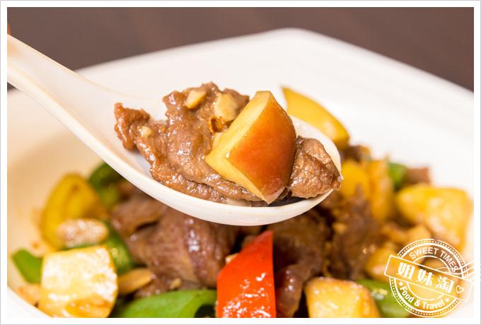 大麥町日式碳烤熱炒活海鮮香蘋燒牛肉