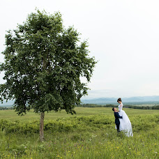 Wedding photographer Dinur Nigmatullin (Nigmatullin). Photo of 24.12.2017
