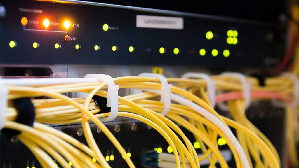 Hình thành và quá trình phát triển của máy chủ server
