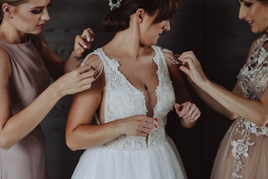 Wedding photographer Agnieszka Gofron (agnieszkagofron). Photo of 13.10.2019