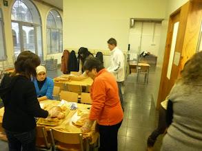 Photo: Preparem L'esmorzar pel Festival de Nadal