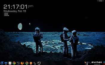 Photo: This is my new KDE desktop layout. I really felt like classic sci-fi would make for a cool theme.  #showyourkde   #showyourdesktopfriday   #kde   #kubuntu