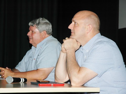 John Hoffman and Richard Denniss take questions at the meeting in Narrabri on Tuesday night.