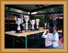 Photo: Sagra 2005 - I premi per i vincitori ed i vinti - Foto 18 di 26
